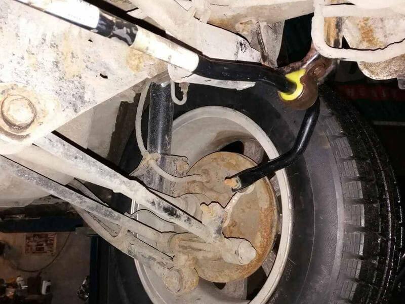 Poliuretanovaja vtulka zadnego stabilizatora Subaru Forester