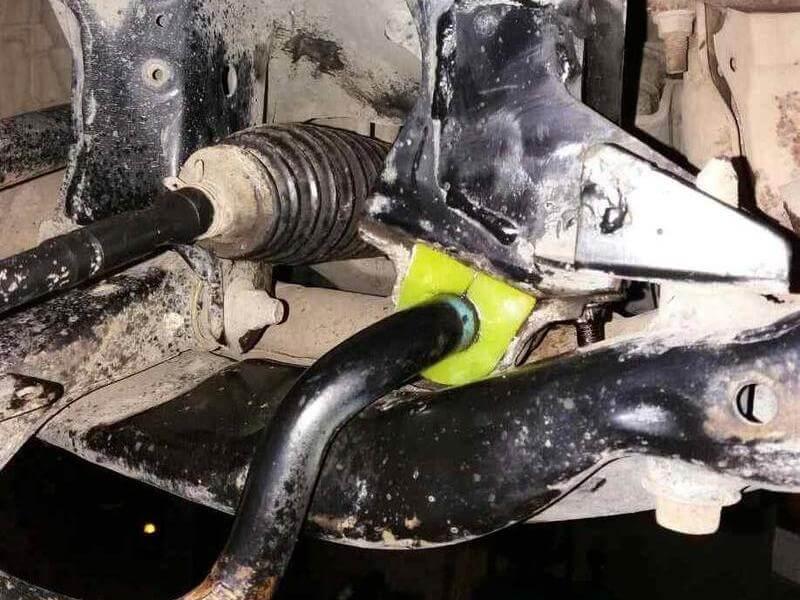 Poliuretanovaja vtulka stabilizatora perednego Subaru Forester